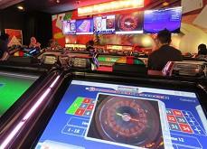 Jeux de casino : cinquième hausse consécutive des revenus en France !