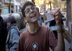 Un jeune garçon de 15 ans empoche 200,000€ grâce à une loterie espagnole