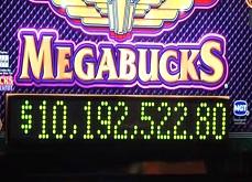 Nouveau jackpot MegaBucks de 10,2$ millions pour un retraité du Nevada