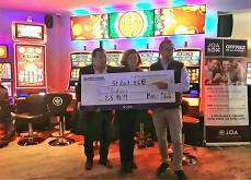 Elle gagne un jackpot de plus de 51,000€ dans un casino Joa !