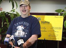 Jackpot : Il oublie son ticket gagnant au point de vente et le gérant le garde pour lui