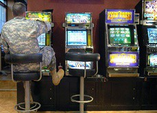 100$ millions générés par les machines à sous des bases militaires américaines