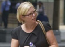 Une femme vole 231 000£ à son employeur pour jouer en ligne