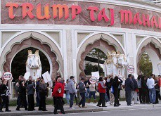 Fermeture officielle du Trump Taj Mahal, le cinquième casino d'Atlantic City à chuter