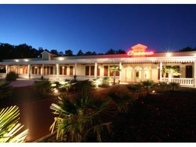 Casino du Lac de la Madeleine facade