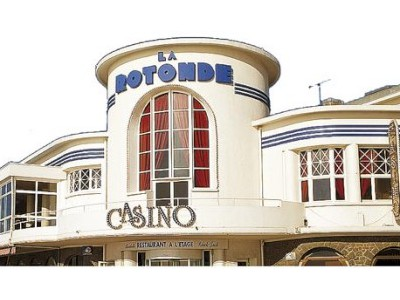 Casino du Val André facade